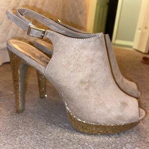 Cute peep toe heel